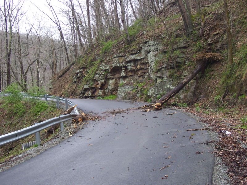West Virginia: Fayette Station Road (CR 82)