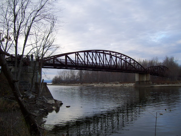 Island Line Trail bridge