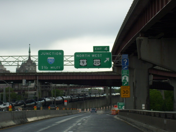 I-787 thorugh downtown Albany